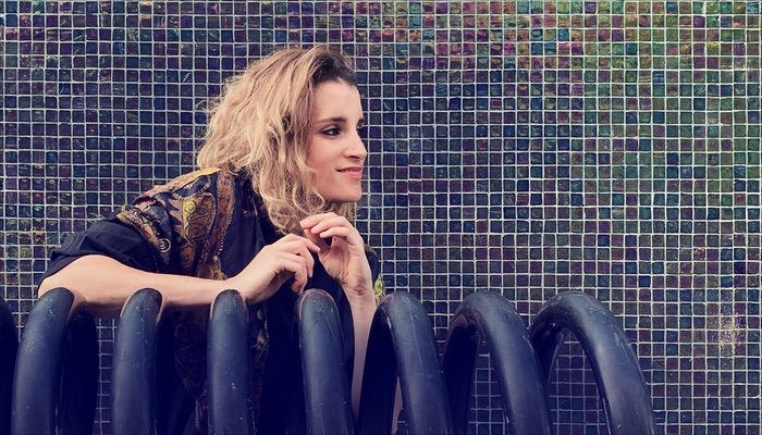 Lina Button veröffentlicht das Album Who'll Be There