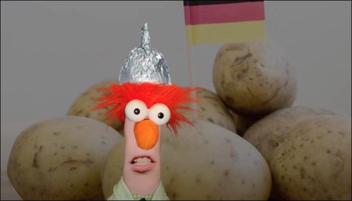 ANTISCHWURBLER - Jack Pott feat. The Aluhut-Verschwörungschor