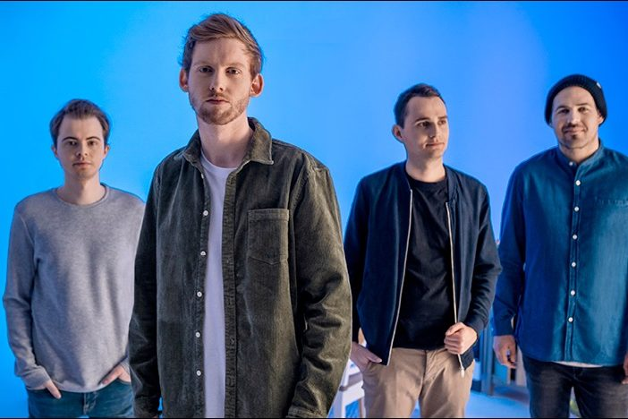 Die Band Meine Zeit hat die Single Lawine veröffentlicht
