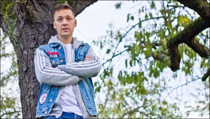 Jonny Karacho hat das Album Volle Karacho mit Punkrock für Kids veröffentlicht